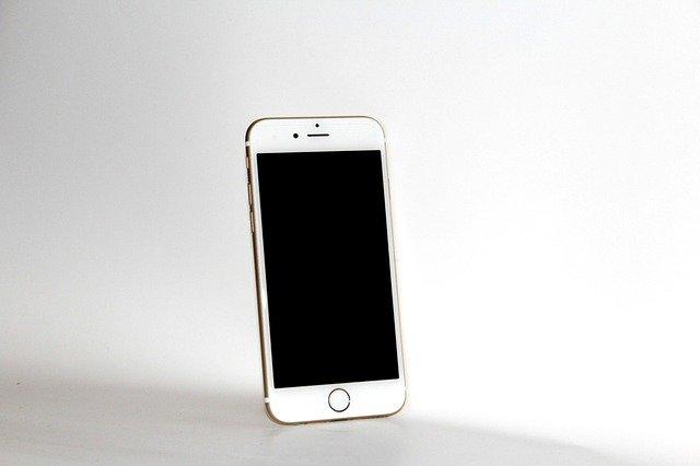 iphone-6s-993199_640